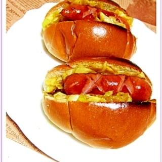 いつも食べてるホットドッグ(ロールサンド)