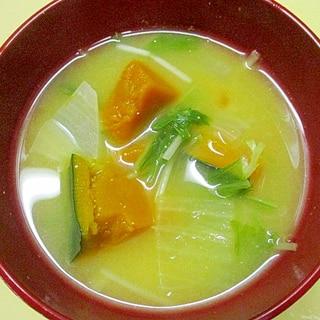 南瓜・玉葱・水菜の味噌汁