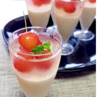 さくらんぼのソーダゼリーパフェ