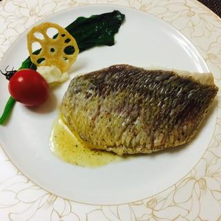 オシャレ!真鯛のブールノワゼットソース