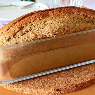 HMで、緑茶のパウンドケーキ