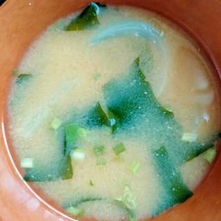 電子レンジで!野菜かさ増し味噌汁
