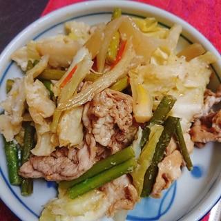 ニンニクの芽と豚肉の野菜炒め