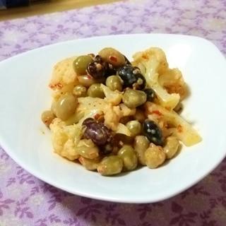 カリフラワーと蒸し豆のハリッサ