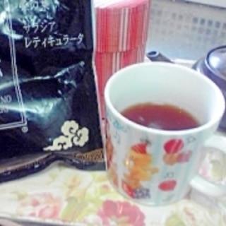 こだわりのお茶。黒烏龍茶系とほうじ茶のブレンド♪
