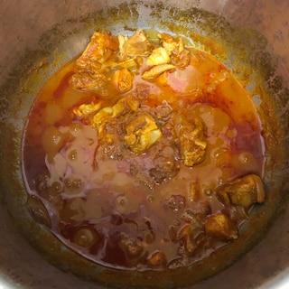 ホットクック、カレー粉で無水カレー