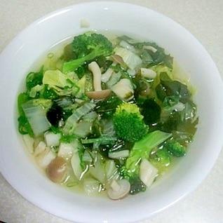 5分でひとりランチ 栄養満点具だくさんスープ