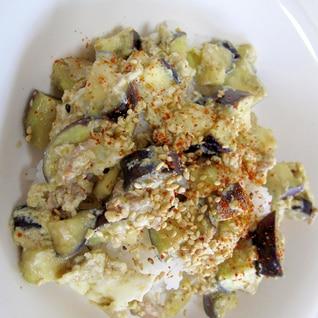 15分で簡単✨茄子と豚ひき肉の卵とじ丼✨