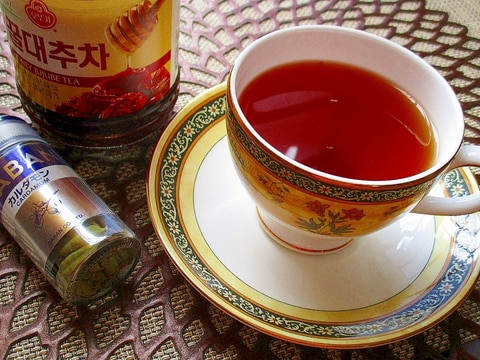 スパイスで爽やかさぷらす!カルダモン蜂蜜なつめ茶♪