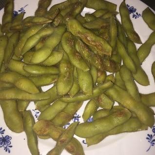 ダッチオーブン製 焼き枝豆