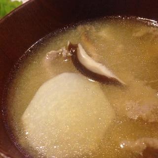 里芋と豚肉のお味噌汁