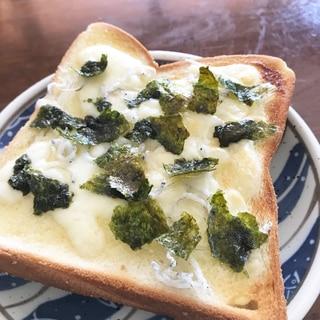 しらす海苔チーズトースト