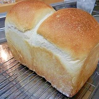 こねるのはフードブロセッサーで!おいしい食パン