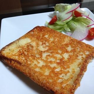 フライパンdeカリカリチーズトースト