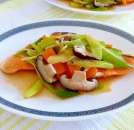 鮭と長ネギの蒸し煮