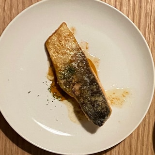 鱒のムニエル