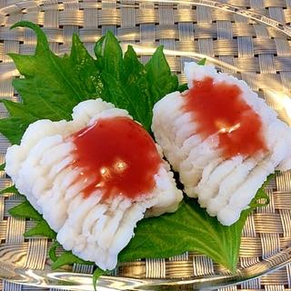 鱧の湯引き☆梅肉添え