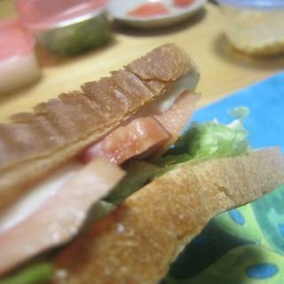 ベーコンとレタスサンドイッチグリル