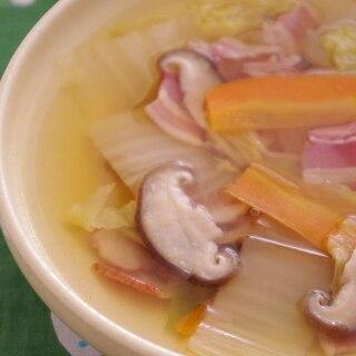 和洋折衷で飽きない味★白菜とベーコンのスープ