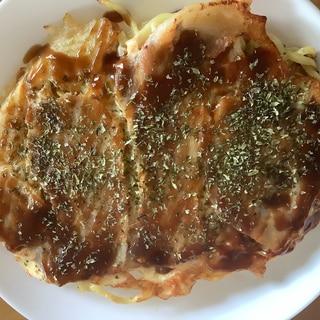 カリカリ麺のモダン焼き