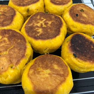 フライパンで簡単かぼちゃパン
