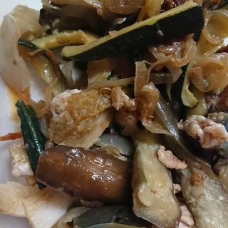ナスとズッキーニの野菜炒め
