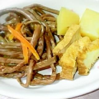 麺つゆで簡単に母の味 ぜんまいとじゃがいもの煮物