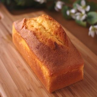 バニラビーンズたっぷりのシンプル簡単パウンドケーキ