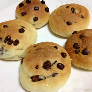 手ごね  チョコチップパン((*´∀`*))