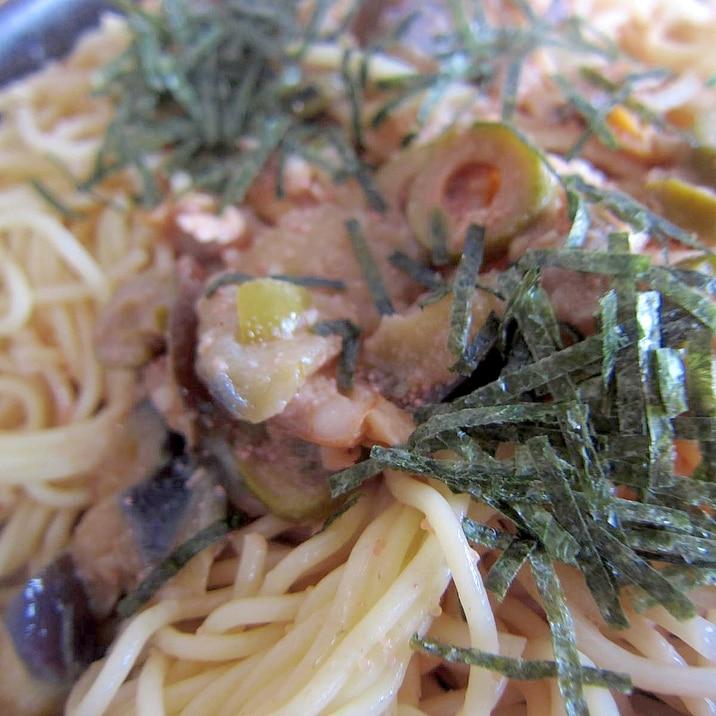 炒め茄子と鱈子オリーブ海苔パスタ