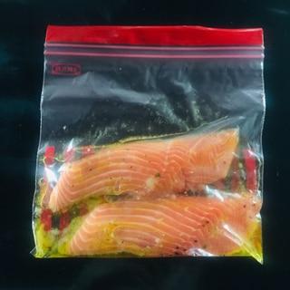 鮭のガーリック下味冷凍保存