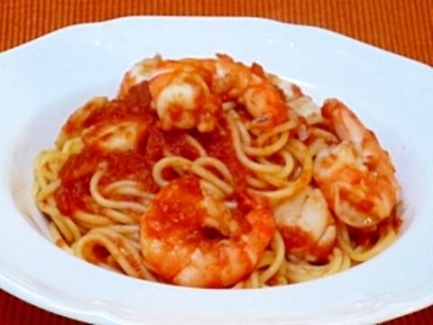 ホタテとエビのトマトソーススパゲティ
