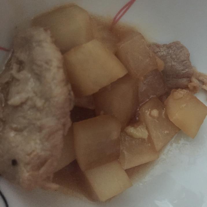 大根と豚肉の醤油煮