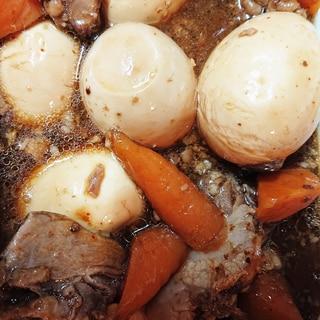 業務スーパーの煮豚で簡単卵とニンジンの煮物