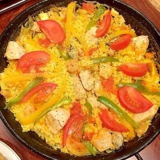 【鶏と魚介のパエリア】スペイン人伝授♪