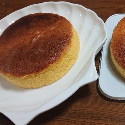 クリスマスケーキに、小学生の娘と一緒に。2つ焼きましたが、2つともしっかりと高さも出て、ふわふわ、美味しく焼き上がりました。素敵なレシピ、ありがとうございます。