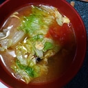 トマトとレタスの中華スープ