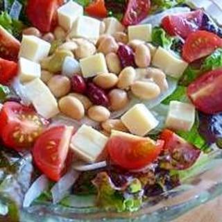 ビーンズ&チーズ&生野菜サラダ