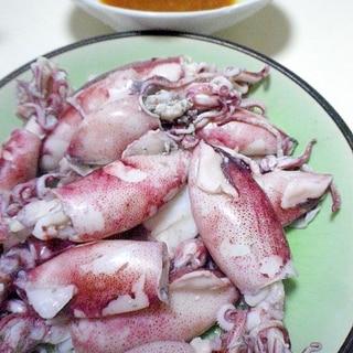 小イカのボイルと酢味噌