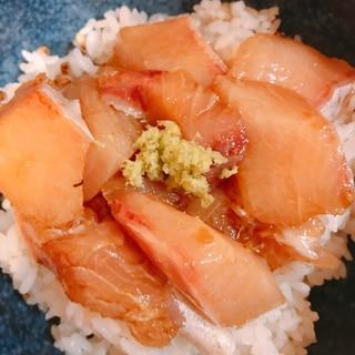 ブリの生姜漬け丼