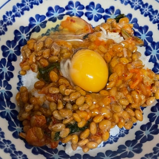 キムチ納豆卵かけご飯