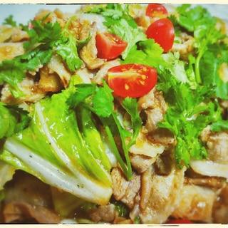 【豚キムチ風】豚肉と白菜のトムヤムペースト炒め