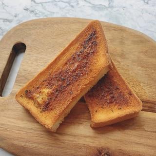 絶品♡パン屋さんのガーリックトースト