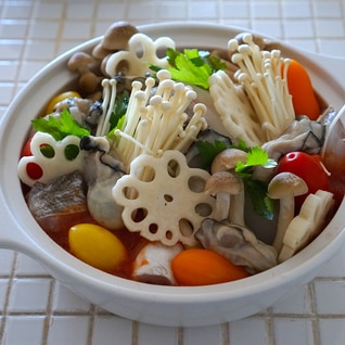 鱈と牡蠣の和風トマト鍋
