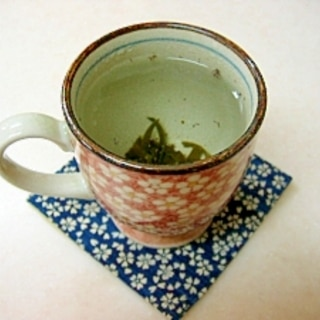 *簡単♪梅昆布茶*