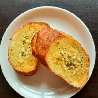 バター不使用!にんにくたっぷりガーリックトースト