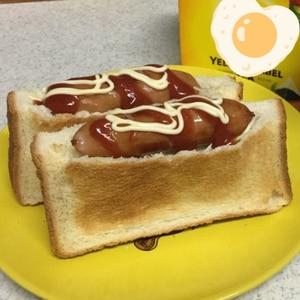 食パンで♪ホットドッグ