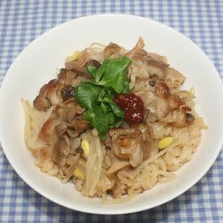 NHK☆乾燥シメジでもやしと豚肉の炊き込みご飯