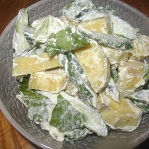 さつまいもとレタスのチーズ風味サラダ