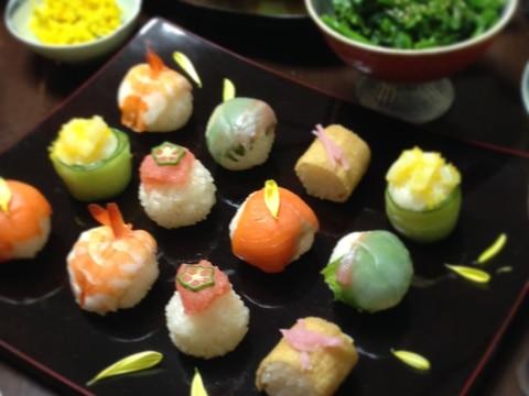 ひな祭りの手まり寿司♪